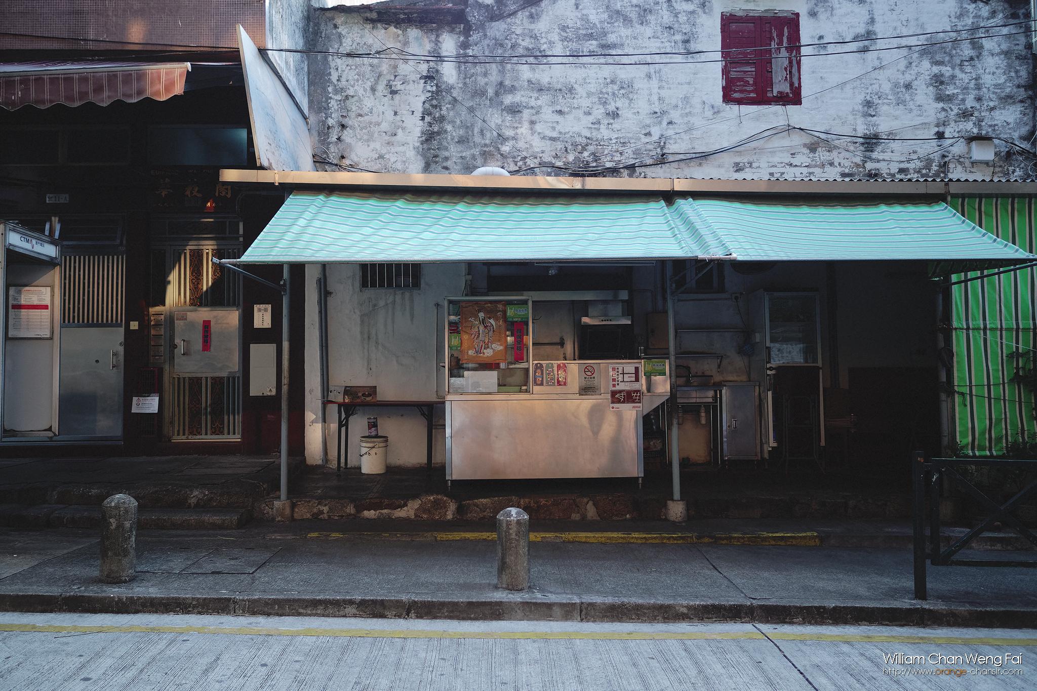 食肆容易群集,很多小店都不設堂食,甚至索性不開門,處處美食的小城突然之間沒了美食的氛圍……